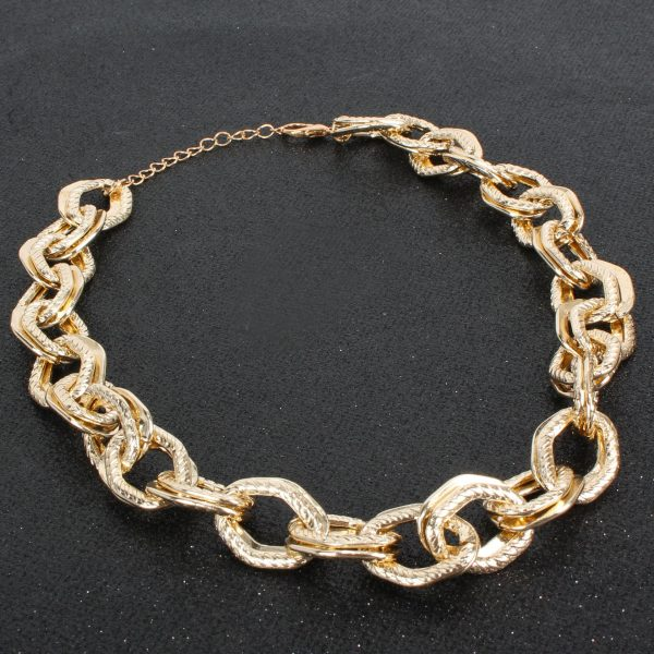 f5f1bc9f 010d 5d93 8508 a4cf5e91345f » Chunky chain gold necklace » CHRISTI TASKER MIAMI » Designer Fashion Jewelry & Home Decor Boutique » Miami Yacht Club Ropes | Double Chunky Chain Gold Necklace » The perfect staple for every wardrobe, my Miami Yacht Club Ropes necklace is super detailed double chainlinks with fine rope etching on one of the links. See my recommendations below for earrings that coordinate nicely with this necklace.